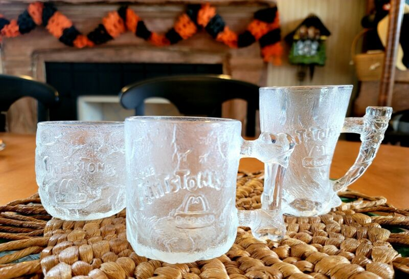 "3 FLINTSTONES ""RocDonalds"" Glass Mugs 1993 McDonalds MINT CONDITION"