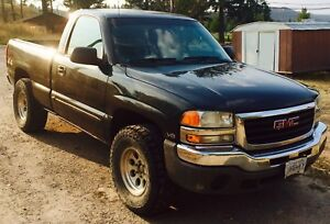 2003 gmc 4.8 l v8 great on gas 4/4