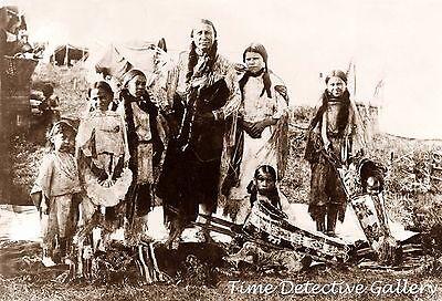 "Native American Kiowa ""Hunting Horse"" & Daughters, Oklahoma - 1908 - Photo Print"
