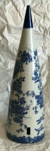 ANTIQUE ORIENTAL ASIAN BLUE WHITE  WALL POCKET