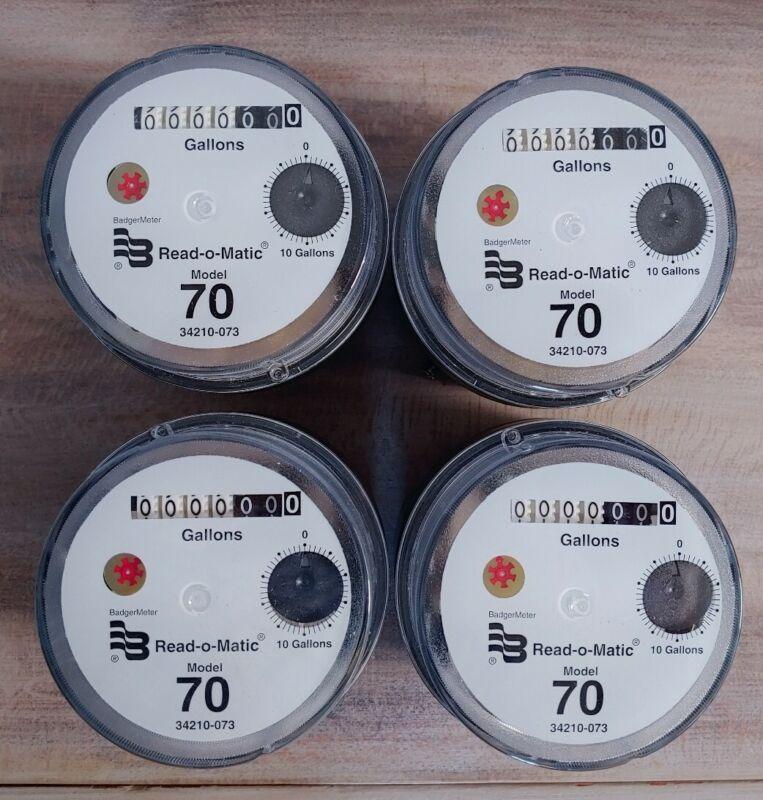 NEW BADGER MODEL 70 REGISTER READ-O-MATIC WATER METER HEAD 4 pack (34210-073)