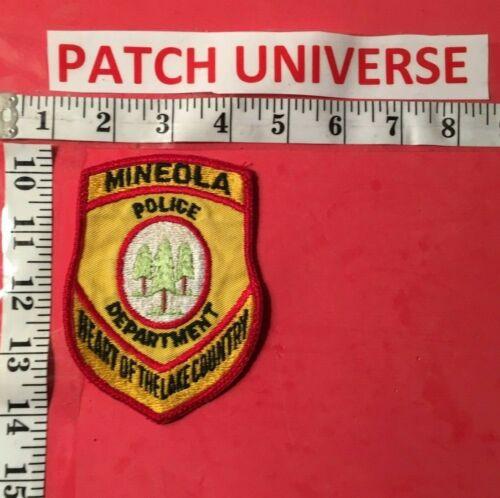 VINTAGE MINEOLA  TEXAS  POLICE SHOULDER PATCH  M044