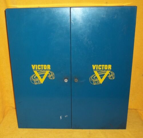 RARE VTG VICTOR GASKETS & OIL SEALS METAL CABINET GAS STATION GARAGE MAN CAVE