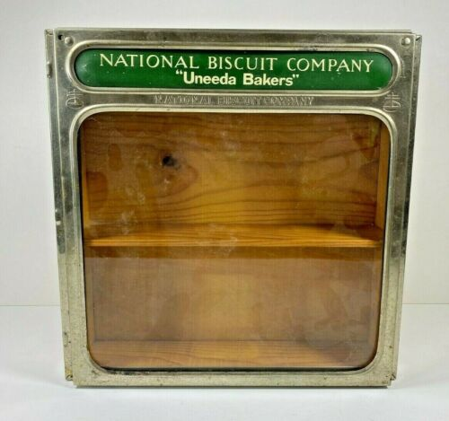"National Biscuit Company ""Uneeda Bakers"" 1923 Wood and Glass Display Lid & Box"