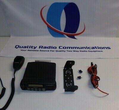 Motorola Cdm1550 Ls 136-174 Mhz 45 Watt Vhf Two Way Radio W Mic Aam25kkf9dp6an