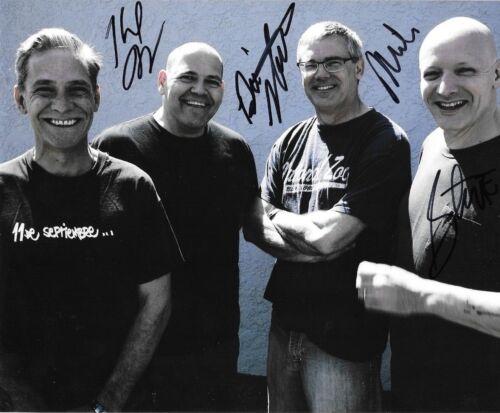 * DESCENDENTS * signed 8x10 photo * MILO AUKERMAN, STEPHEN, KARL & BILL * 2