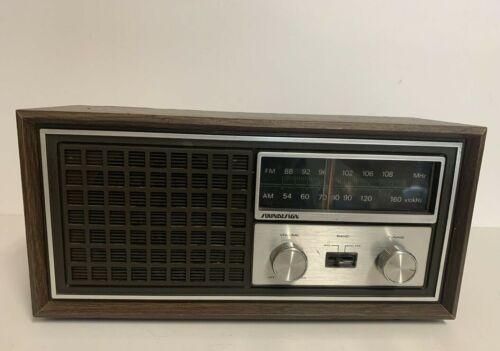 Vintage SOUNDESIGN AM/ FM Tabletop Radio Model 3350 Wood Grain WORKS