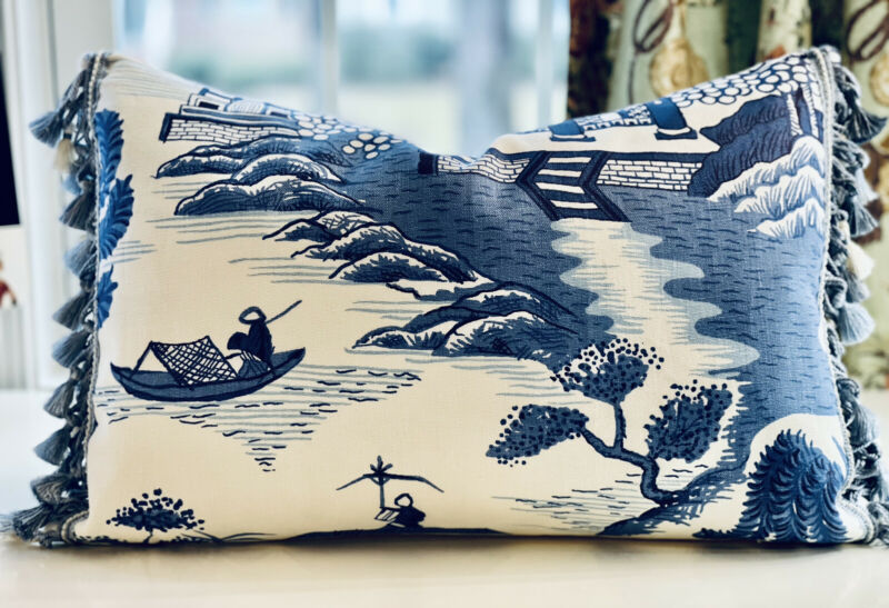 LEE JOFA 'WILLOW' CHINOISERIE LINEN BLUE/CREAM WITH SCALAMANDRE BLUE TRIM