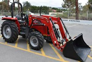 MASSEY FERGUSON 2615 4WD WITH BONUS STANDARD LOADER Aldinga Beach Morphett Vale Area Preview