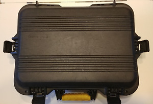 Plano AW Series Large Pistol/Accessories Case