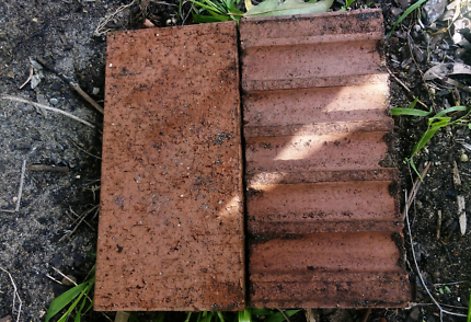 Light Red Pavers for sale > EXC COND