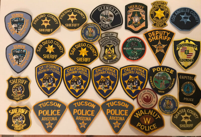 Lot Of 30 Police Shoulder Patches Trader Lot