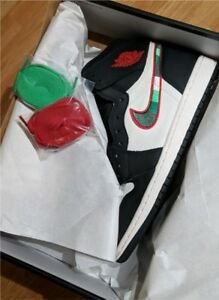 Selling Jordan 1 Sports Illustrator size 10.5