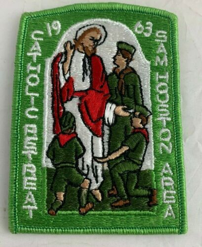 BSA 1963 Sam Houston Area Catholic Retreat Green Camp Patch Vintage