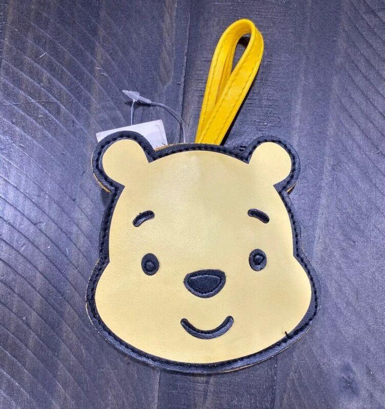 Disney Parks WINNIE THE POOH Bear Vintage Cuties Zipper Coin Purse Wristlet NWT