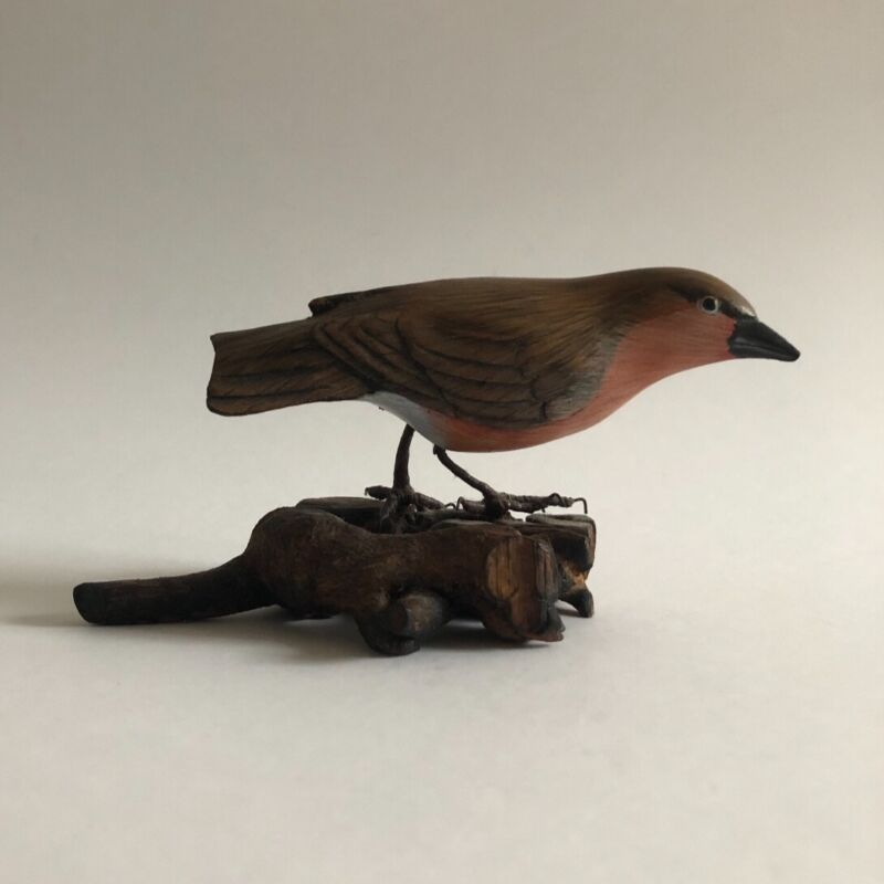 """Vintage bird Robin wooden figurine standing on branch 2½"""" tall collectable decor"""