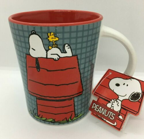 Peanuts Snoopy Woodstock Red Doghouse Coffee/Tea Mug/Cup 17oz. NEW