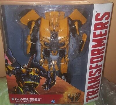 Hasbro Transformers: Age of Extinction Leader Class Bumblebee Costco Exc NEW](Costco New Years)