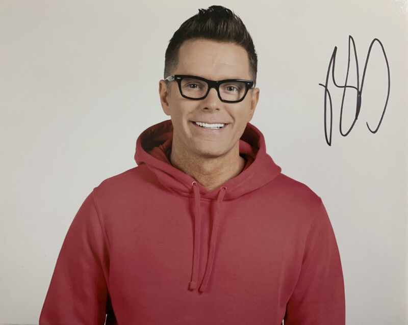 BOBBY BONES HAND SIGNED 8x10 PHOTO RADIO HOST AUTOGRAPHED RARE AUTHENTIC