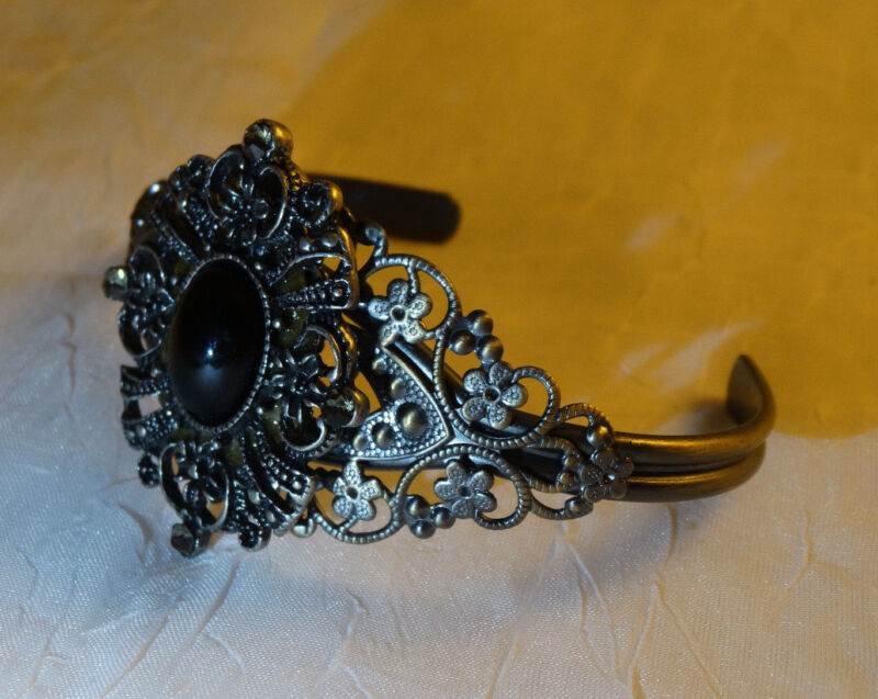 Vintage Black Onyx and Metal Bracelet - Adjustable Cuff. - Intricate metalwork.