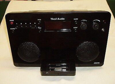 MINT CONDITION Tivoli IYIYI Clock Radio IPod Dock AM/FM Gloss Black