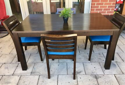 Timber DINING TABLE WITH 4 Chairs FREEDOM