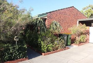 2 Bed Room House for short term rent of 2 months Beaconsfield Fremantle Area Preview