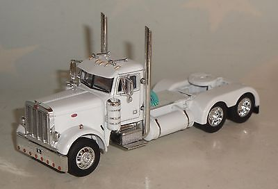 DCP WHITE PETERBILT 379 DAY CAB ONLY 1/64 DIECAST 33291