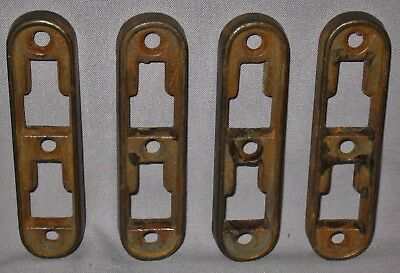 ANTIQUE LOT OF 4 FEMALE CAST IRON BED RAIL BRACKETS  4 1/2