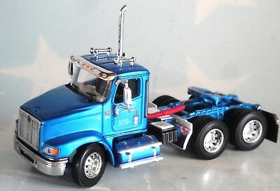 DCP BLUE INTERNATIONAL 9100i DAY CAB ONLY 1/64 32582