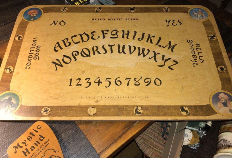 Ouija 1940's Hasko Haskelite Mystic Board W/Hand Planchette EARLIEST ONE