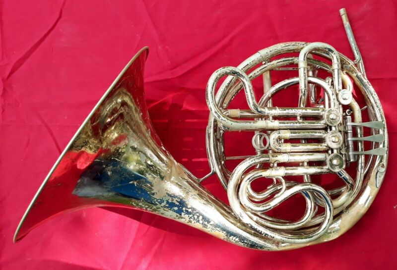 C.G. Conn Ltd Double French Horn Nickle Plate 8D ? Serial # Gd640015 SKB Case