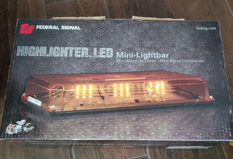 Federal Signal 454100HL. 12vdc Highlighter LED Mini Lightbar series A