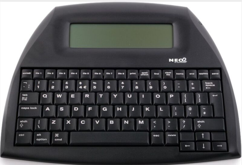 ALPHASMART NEO 2 PORTABLE WORD PROCESSOR W/ USB CABLE