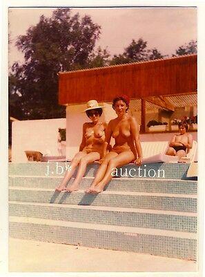 Frauen Pool (Nudism NUDE WOMEN AT POOL NACKTE FRAUEN Naturismus * 70s Photo Aktfoto)