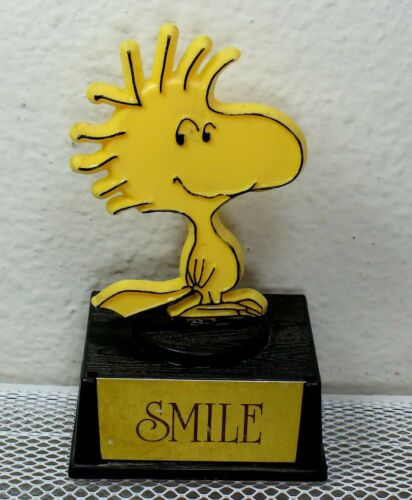 "Woodstock ""SMILE"" Aviva Vintage Trophy Statue"