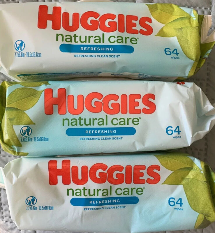 Huggies Natural Care Baby Wipes Lot of 3 64ct Each Pack (192 Total)