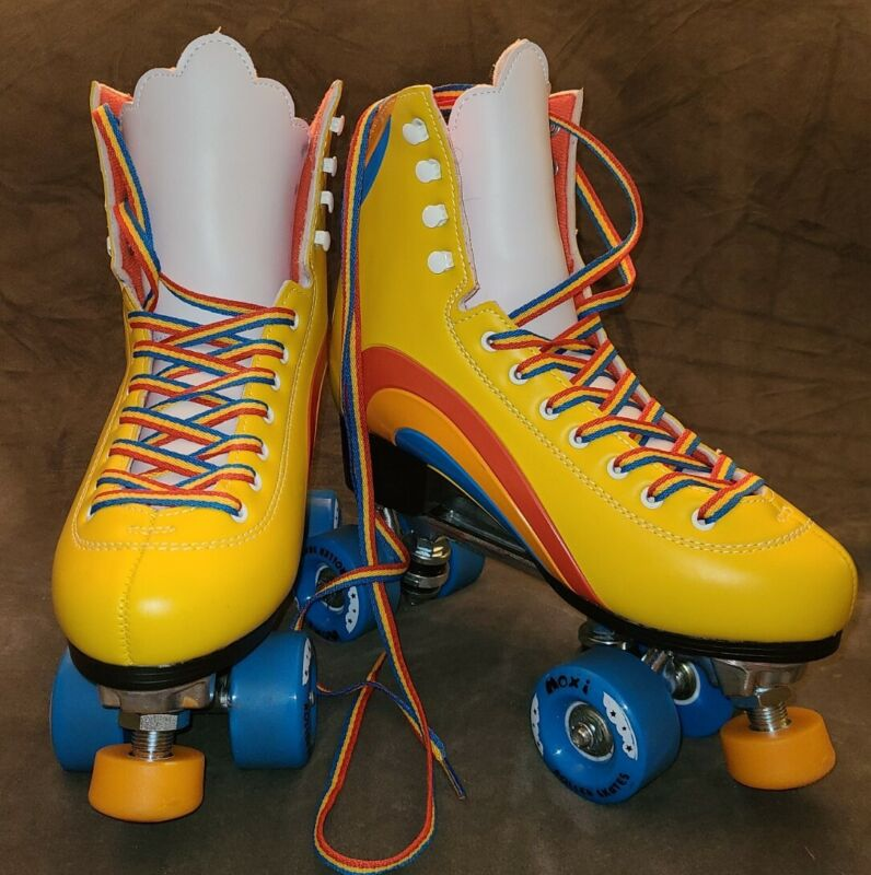Moxie Rainbow Riders Size 8, Women Size 9 -9 1/2 New with Box Worn Once