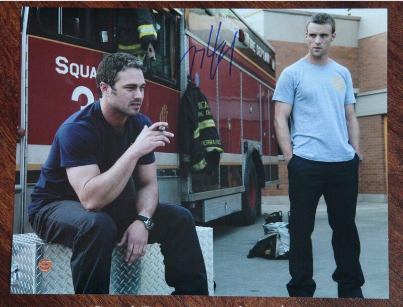 GFA Chicago Fire Kelly * TAYLOR KINNEY * Signed 11x14 Photo MH2 COA