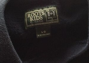 Roots Sweater  Blue 8Year Old Boy Cambridge Kitchener Area image 2