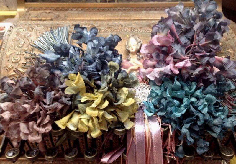 Vintage Millinery Flowers Silk 1 Bouquet Made in Czechoslovakia