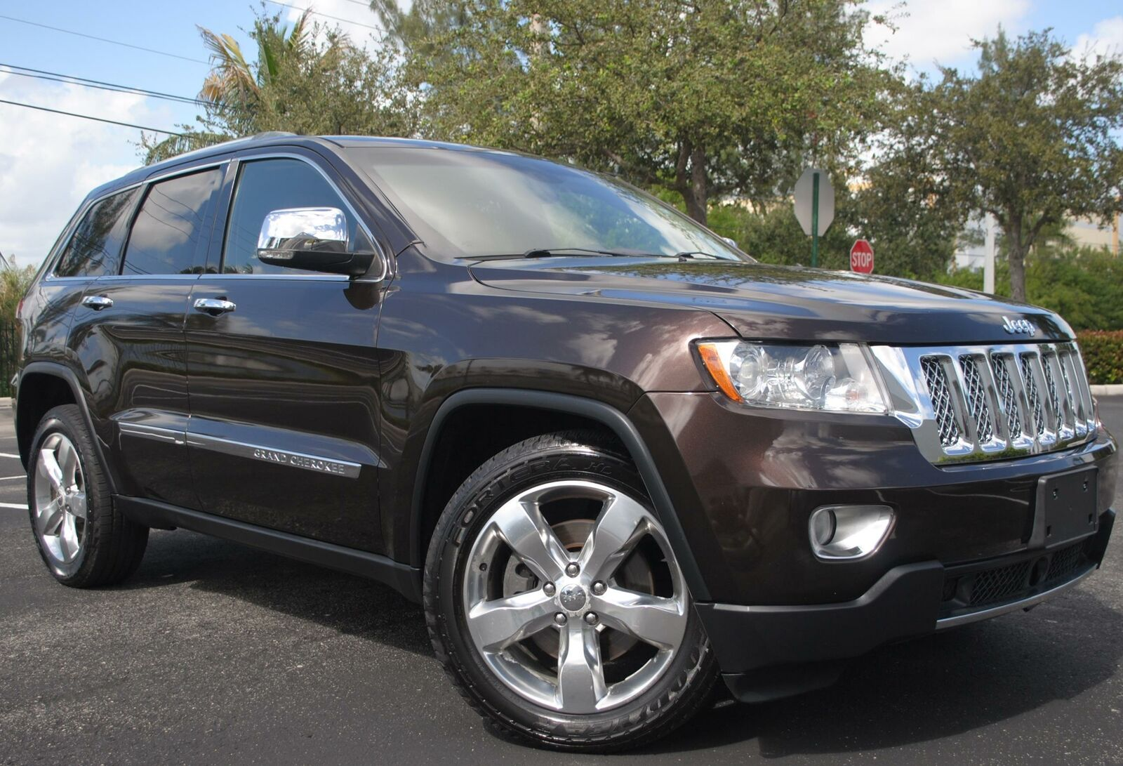 2011 Jeep Grand Cherokee Overland Summit 4x4 5 7l Hemi Ebay