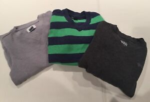 Boys sweaters size 4-5T gapkids and old navy