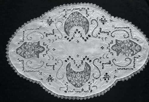 Antique Traditional Italian Oval Doily Hand Made Punto Trafore Embroidery Four