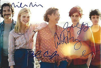 Annette Bening  Greta Gerwig  Billy Crudup  Lucas Jade Zumann  Mike Mills Sign