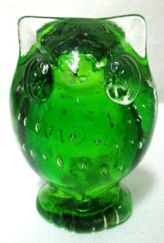 Vintage green Bubble Glass Owl Paperweight Figurine Japan 1970