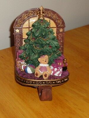 JC Penney Spirit of Christmas Presents Tree Bear Toys Stocking Holder Hanger EUC - Jcpenney Christmas Stockings