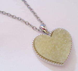 Lia Sophia First date necklace with Creme Druzy Resin Heart 30-33