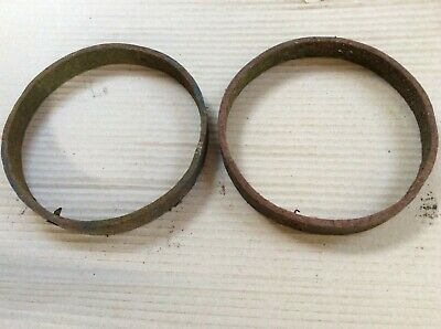 Pair Of Vintage Old Wrought Iron Rusty Cart Wheel Centre Rims 19cm Diameter