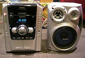 Panasonic Stereo with Subwoofer, MP3 CD Changer and AUX / Phone Kings Park Blacktown Area Preview